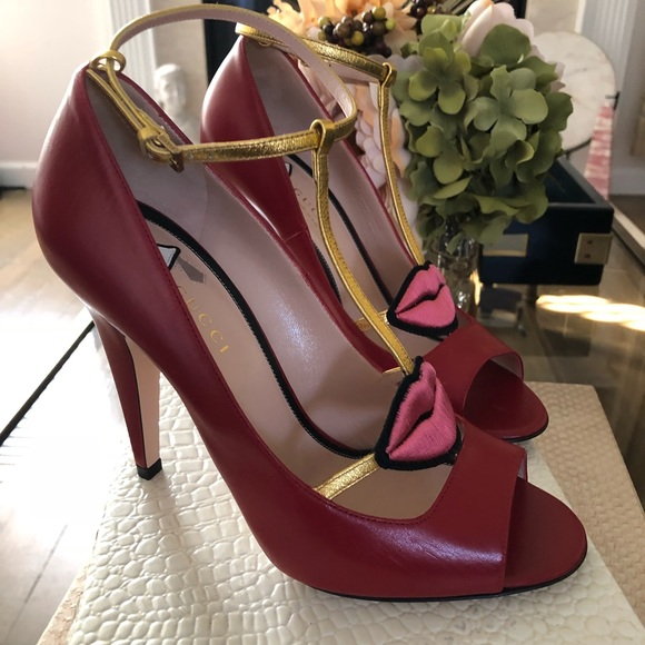 fd62dab1fbb GUCCI BN red Molina open toe Pumps with lips sz 38